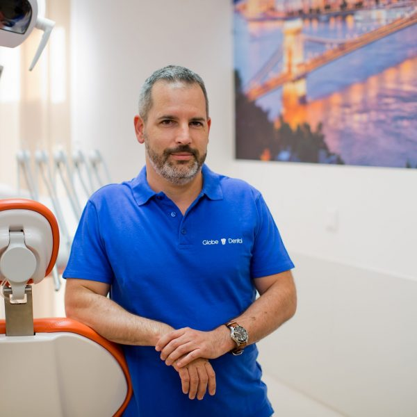Dr. Zapf István plasztikai sebész szakorvos Globe Dental és Medical Magánrendelő_1